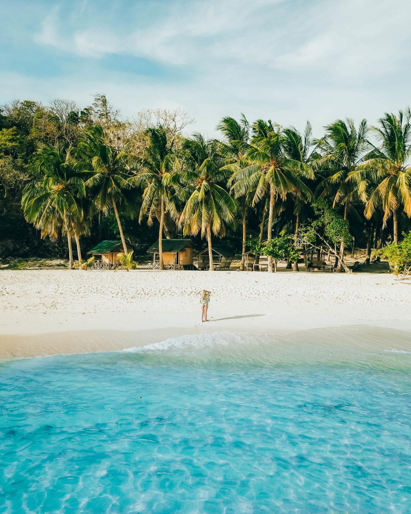 beach at Malcapuya Island coron