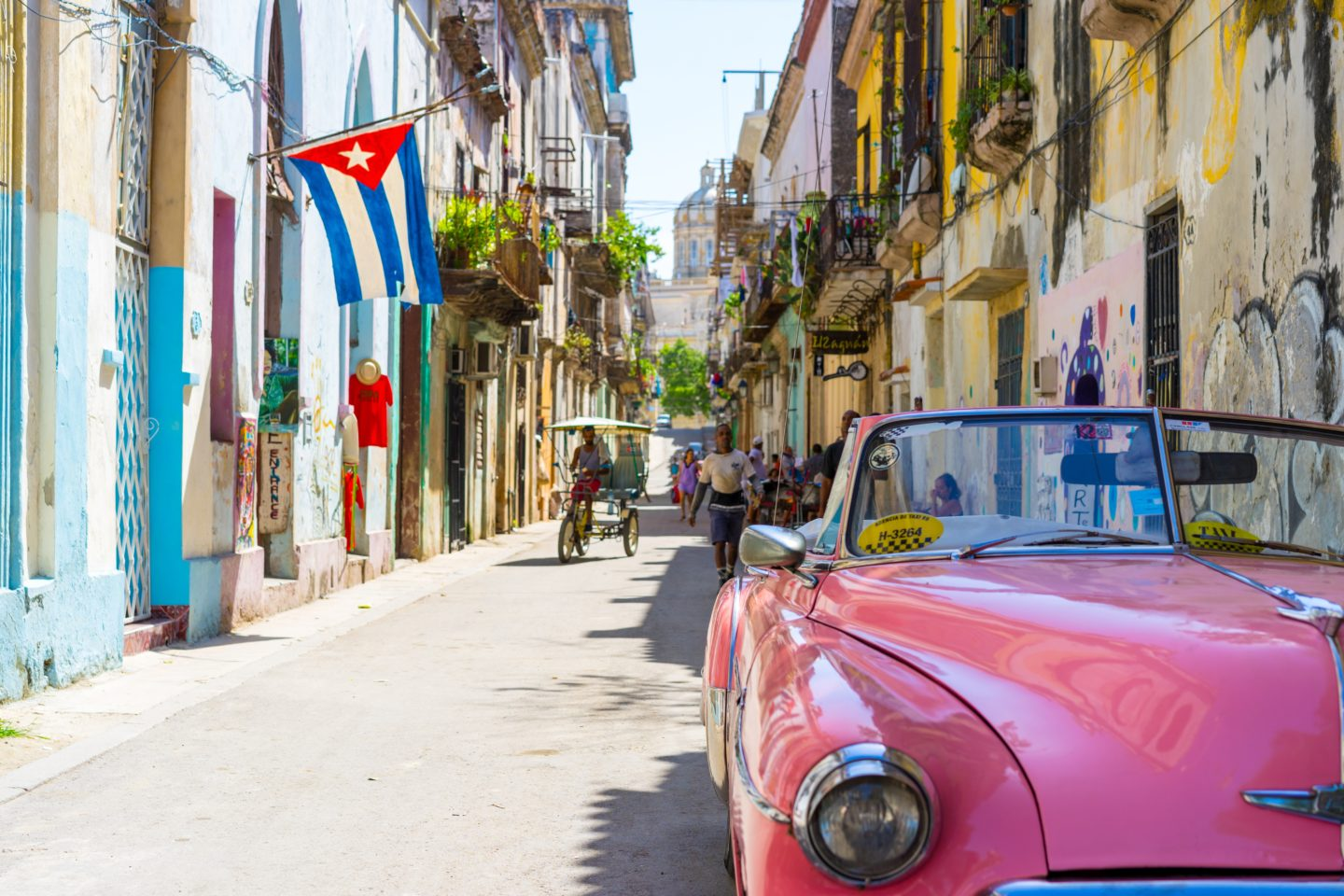 I NEED to visit Cuba before its old world charm goes away!
