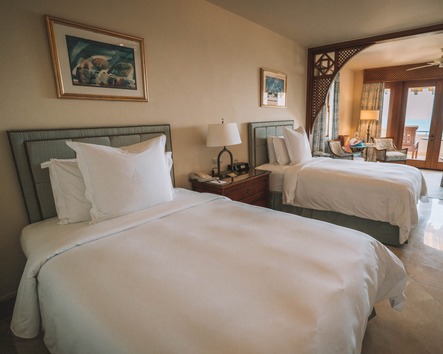 premier sea view room with two twin beds