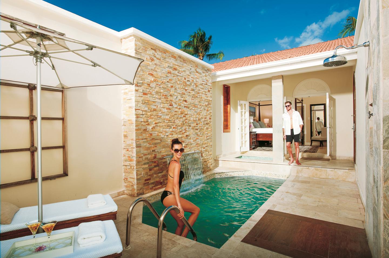 plunge pool at sandals ochi ocho rios jamaica