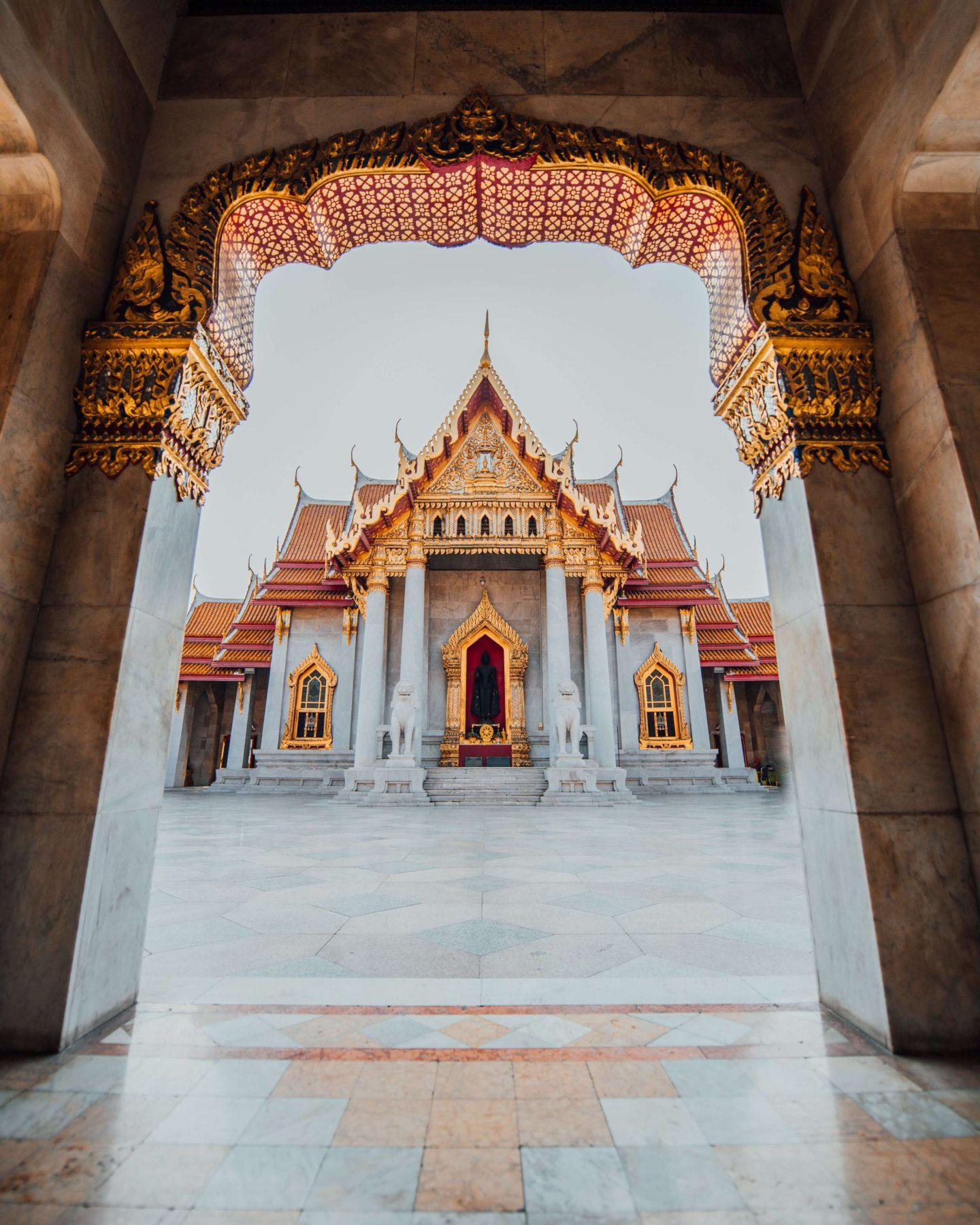 10 day thailand itinerary - wat benchamabophit in bangkok