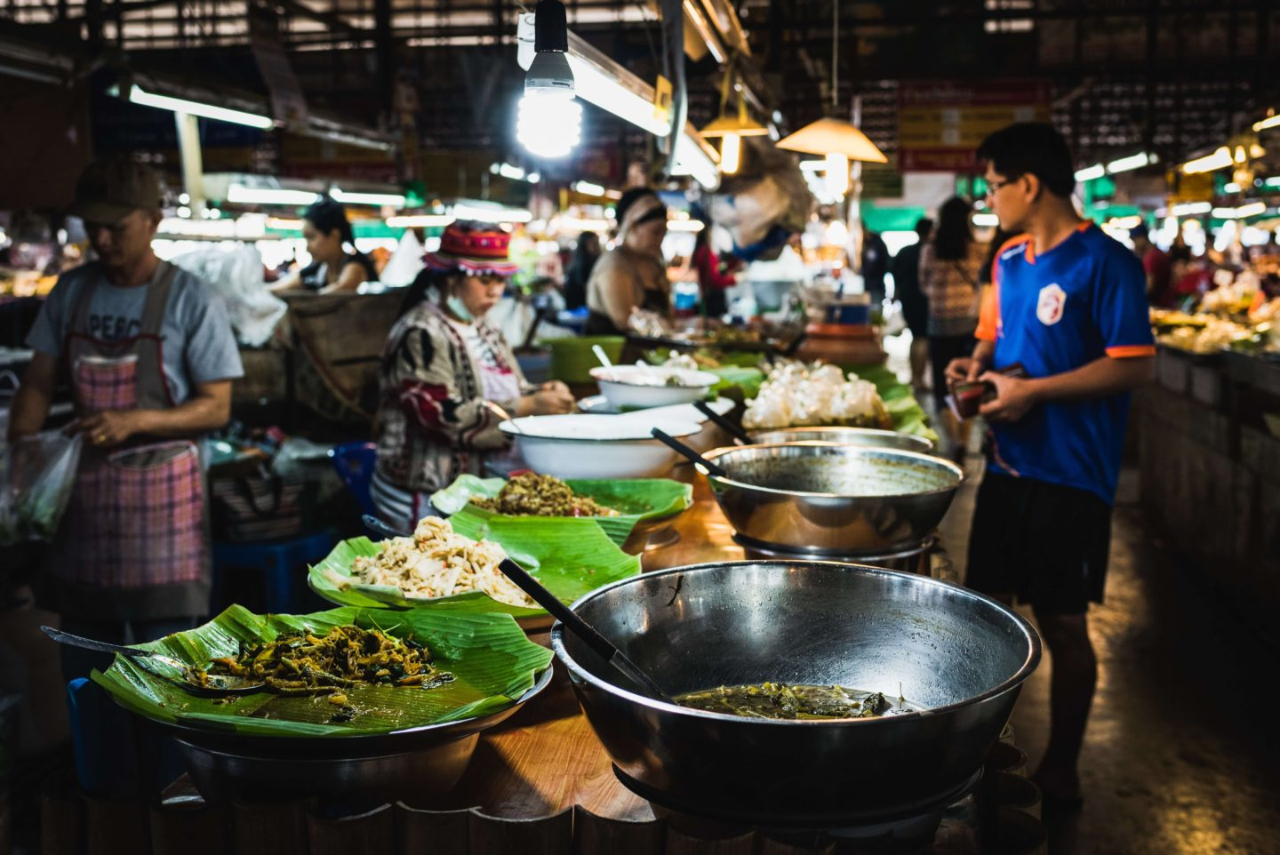 10 day thailand itinerary - street food in chiang mai