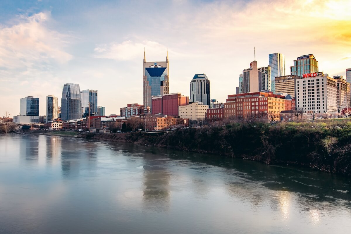 Cumberland River with the Nashville skyline 3 days in Nashville itinerary