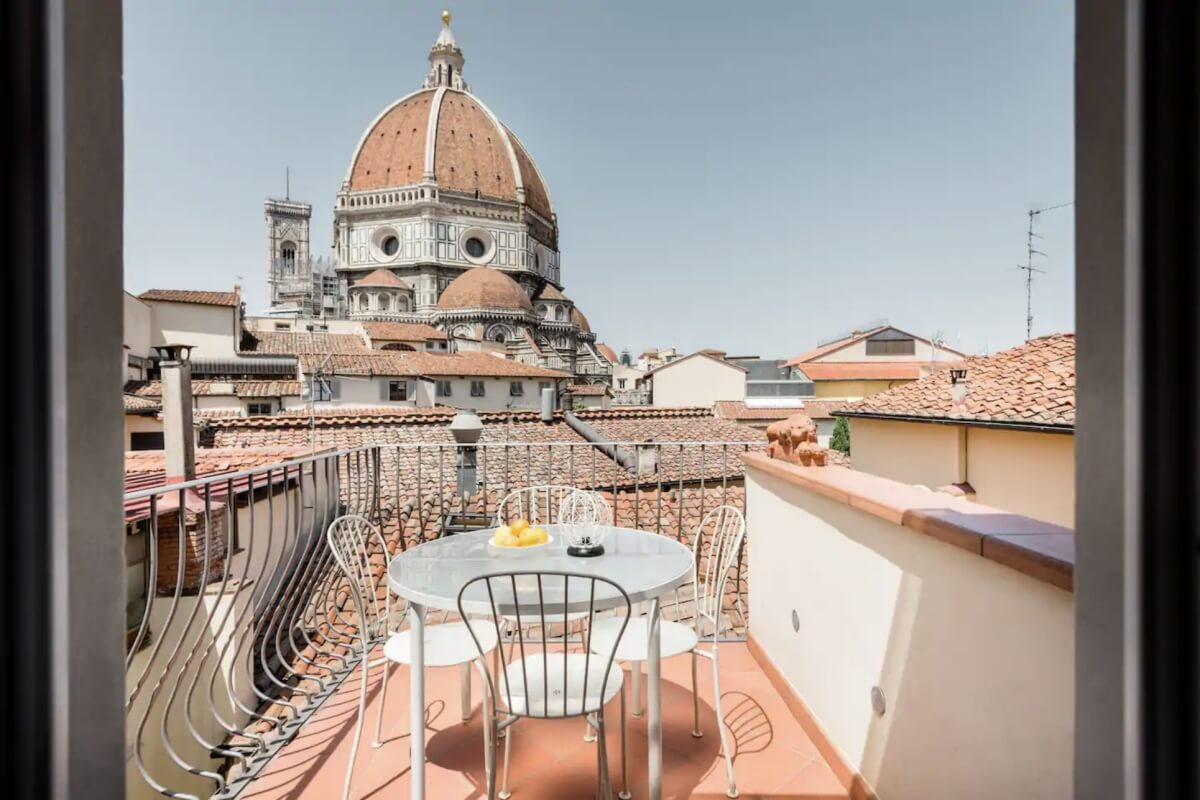 one of the best Airbnbs in Florence, with an incredible view of the Duomo