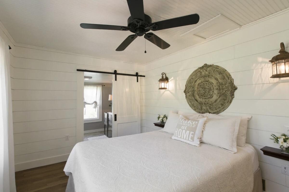 white farmhouse interior in airbnbs in asheville